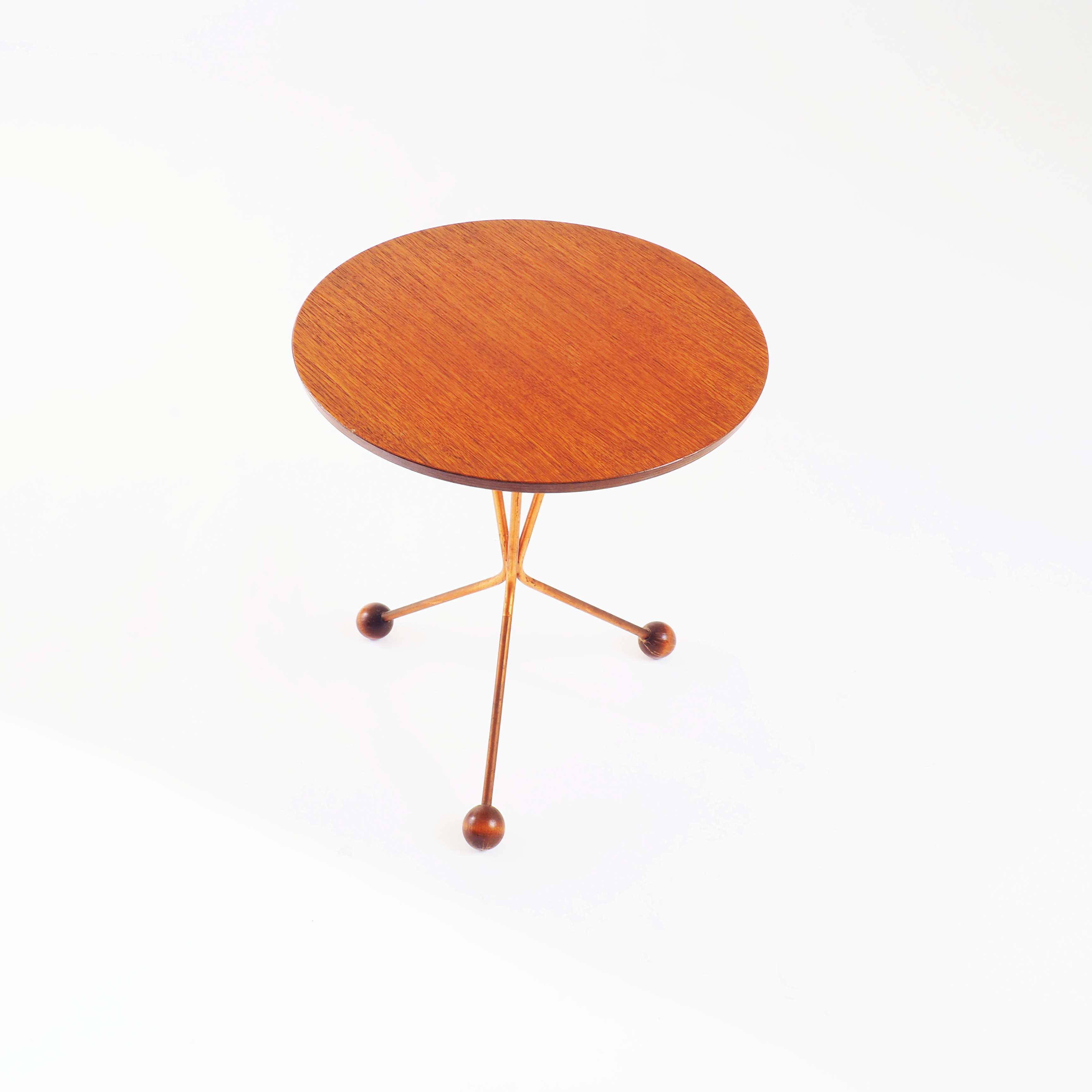 Side table by Alberts