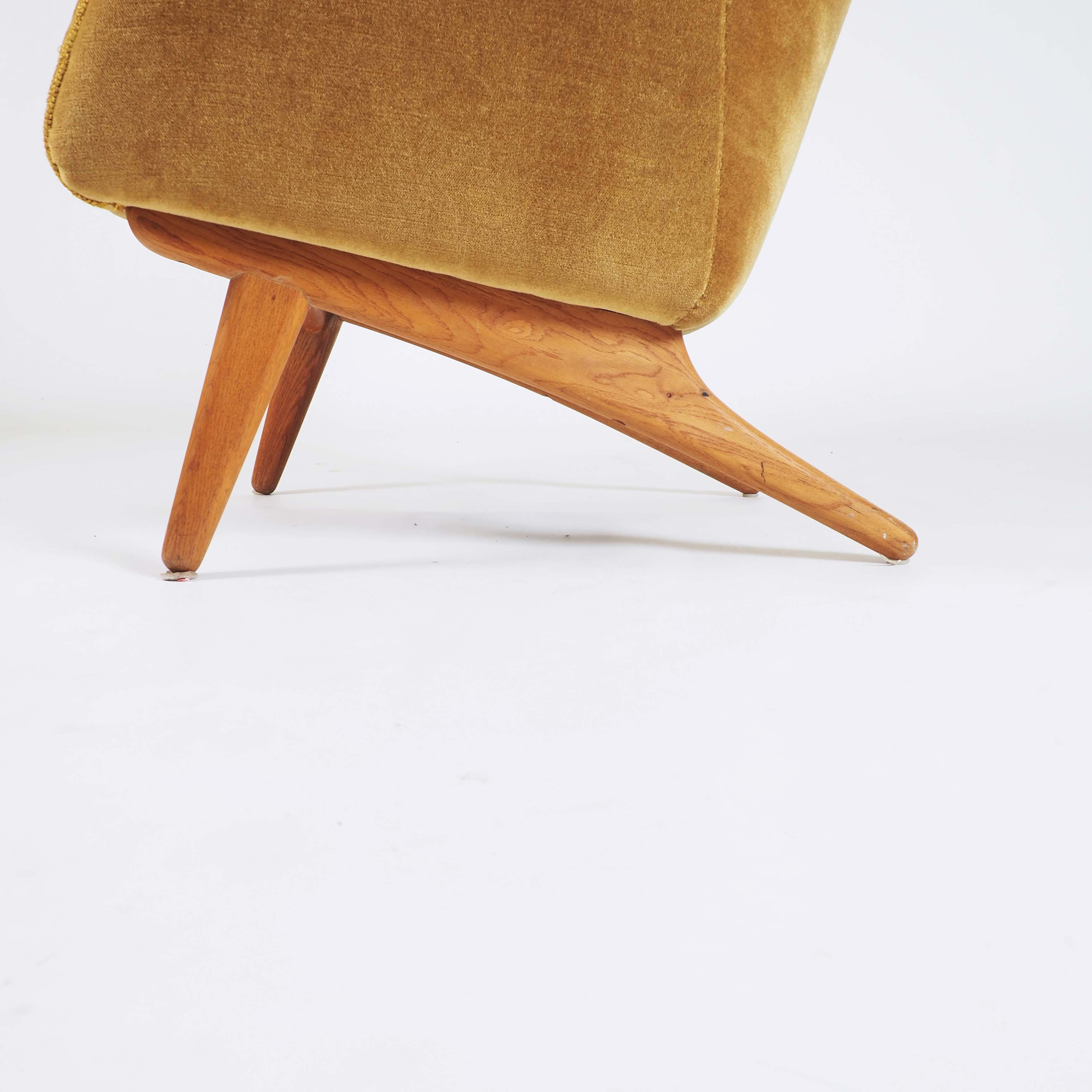 Easy Chair by Illum Wikkelsø