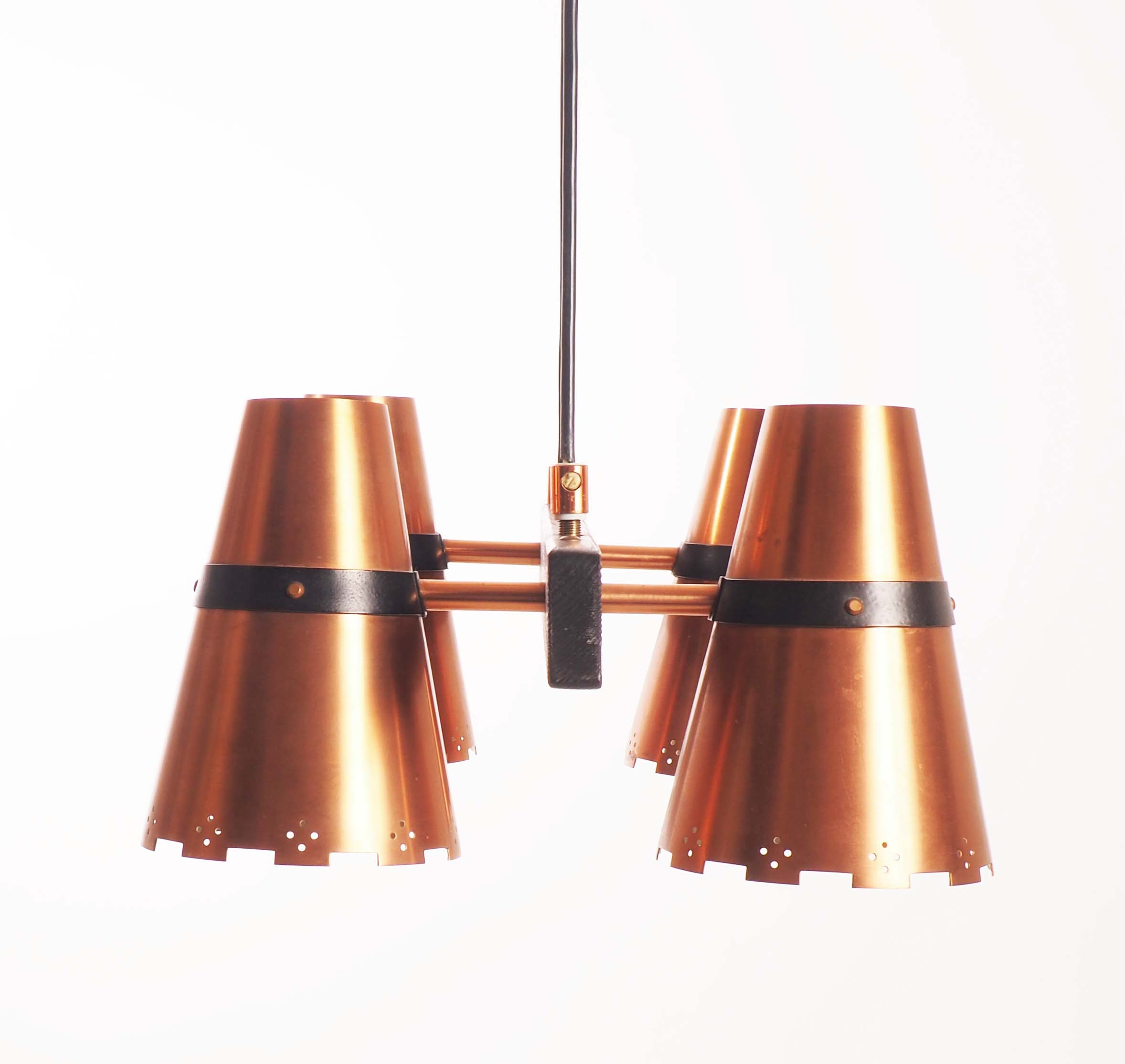 Ceiling lamp in copper