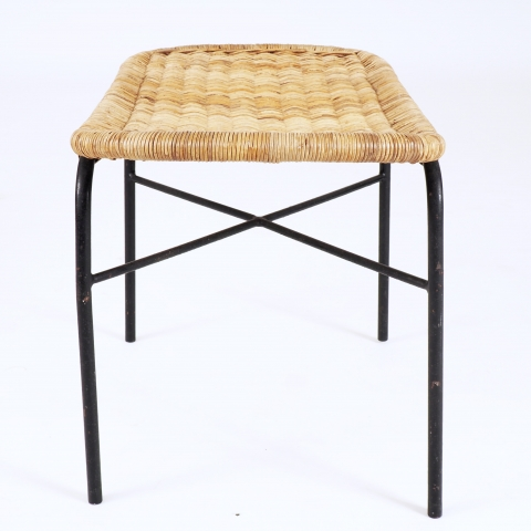 Stool in rattan and metal